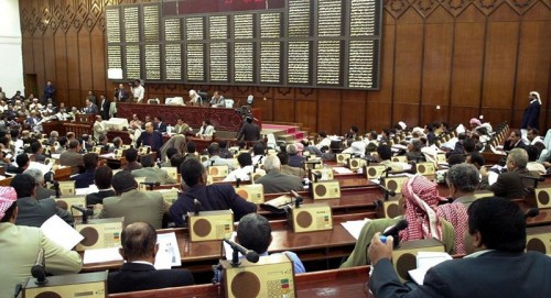 أطول برلمان.. بن عطاف: هل مجلس النواب لا زال شرعي؟