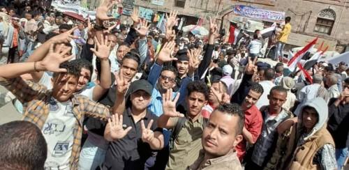 """""""لجنة التهدئة"""".. غطاء شرعي لتسليم تعز إلى الحوثيين مرة أخرى"""