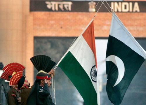 كخطوة نحو التهدئة.. باكستان تفرج عن 100 صياد هندي