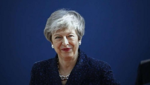 بريطانيا: ماي تجري مفاوضات مع ماكرون وميركل قبيل قمة بريكست