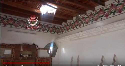 مليشيا الحوثي تقصف الأحياء السكنية في التحيتا بالقذائف المدفعية (فيديو)