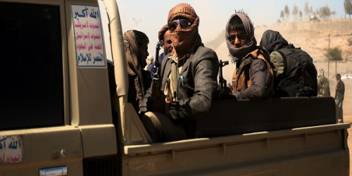 عاجل .. الحوثيون يقتحمون منزل سلطان البركاني بصنعاء