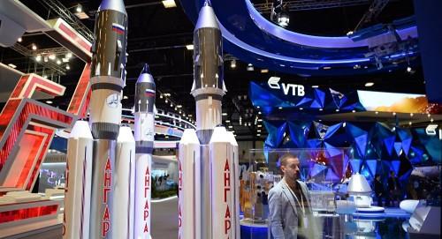 """الإمارات تخطط لشراء مركبة """"سويوز"""" الفضائية من روسيا"""