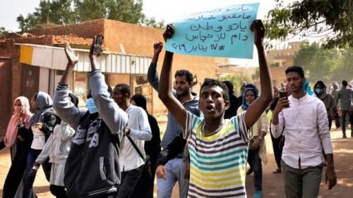 الربيزي يوجه رسالة إلى ثوار السودان