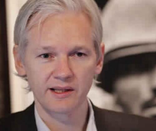 بريطانيا: اعتقال جوليان أسانج مؤسس ويكيليكس