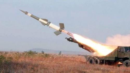 مصادر عسكرية: مليشيا الحوثي تنقل صواريخ بالستية إلى جبهة الضالع