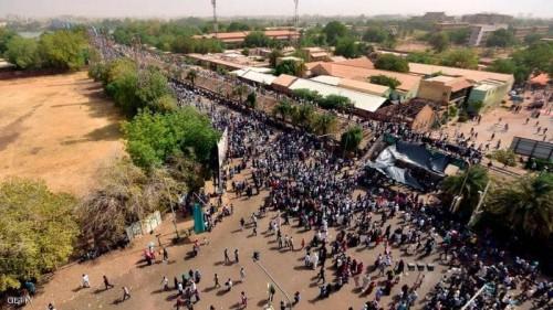 """السودان.. جمعة الحسم تحت شعار """"تسقط تاني"""""""