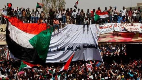 سياسي يُوجه رسالة هامة لشعب السودان