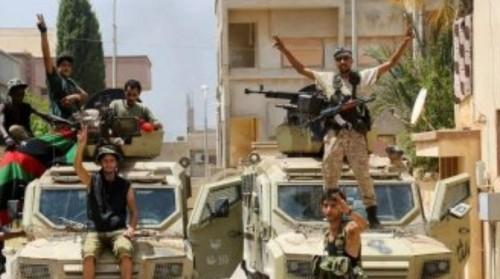إطلاق النار والانفجارات وسط طرابلس