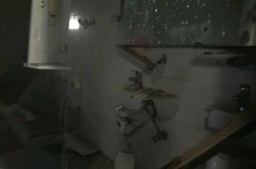 مليشيات الحوثي تقصف مقر الفريق الحكومي في الحديدة