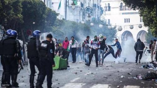 إصابة 180 شخصًا في مواجهات بالجزائر العاصمة