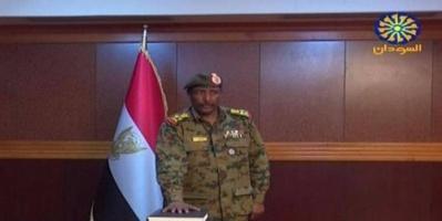 """من هو """"البرهان"""" ثاني رئيس للمجلس العسكري بعد الإطاحة بالبشير؟"""