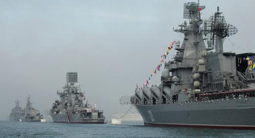 """تزامنًا مع مناورات """"الناتو"""" سفن أسطول البحر الأسود تبحر للتدريب القتالي"""