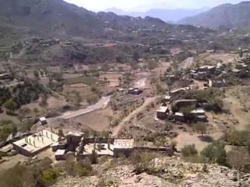 مليشيات الحوثي تقطع خدمتي الاتصالات والإنترنت عن قرى العود في إب