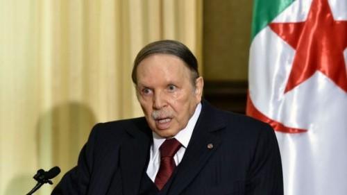 إعلامي يكشف سبب سقوط بوتفليقة بالجزائر