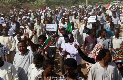 بـ10 خطوات عاجلة.. المعارضة السودانية تطالب المجلس الانتقالي