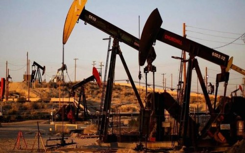 أسعار النفط تشهد تراجعًا لتسجل هذا الرقم
