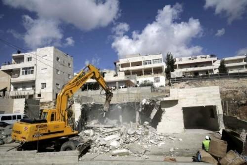 وسط استنجاد فلسطيني.. إسرائيل تبدأ مجزرة هدم منازل بلدة سلوان بالقدس