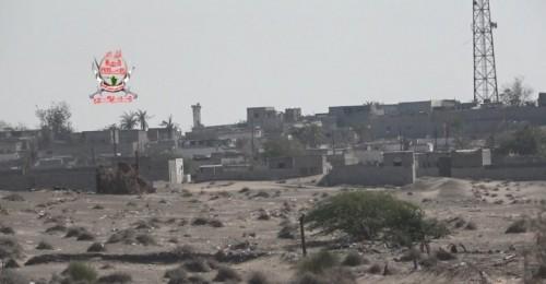 قصف حوثي عنيف على مواقع العمالقة والقوات المشتركة في الدريهمي