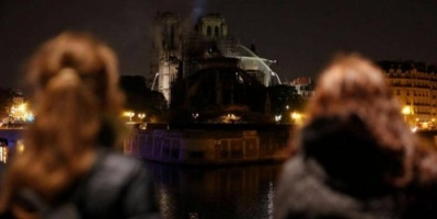باريس.. السيطرة على حريق كاتدرائية نوتردام وإخماده جزئيًا