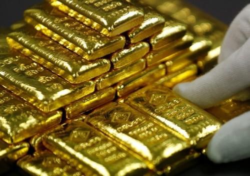 أسعار الذهب تواصل انخفاضها لتسجل هذا الرقم
