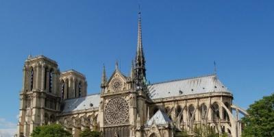 السفير الفرنسي لدى الإمارات: سنقوم جميعا باستعادة كاتدرائية نوتردام