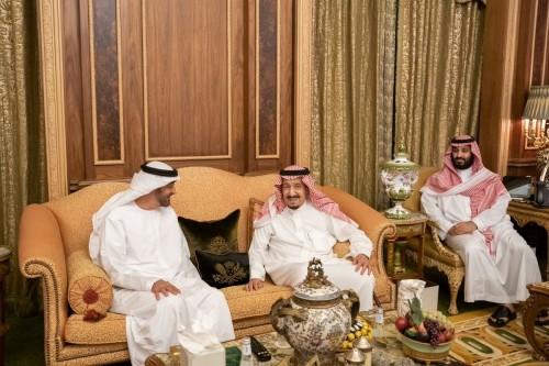 الملك سلمان يستقبل بن زايد لبحث تعزيز العلاقات بين البلدين (صور)