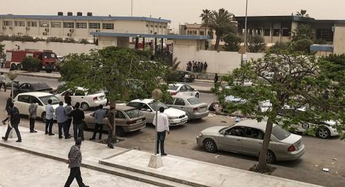 ليبيا.. مظاهرات في طرابلس اعتراضًا على القصف العشوائي لأحياء العاصمة
