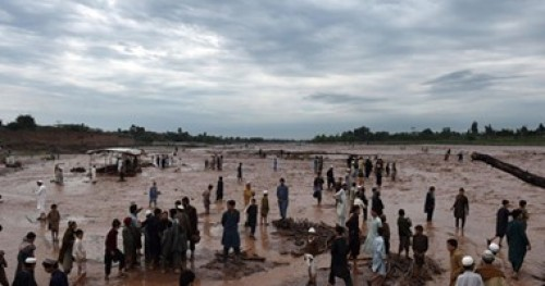مصرع 39 شخصا وإصابة 135 جراء هطول الأمطار في باكستان