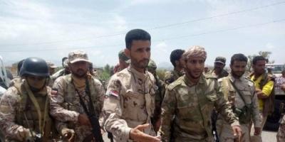 أبو اليمامة يزور الخطوط الأمامية لجبهات القتال شمال الضالع (صور)