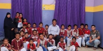 دائرة حقوق الإنسان بالمجلس الانتقالي تزور مركز الطفولة الآمنة بالمعلا