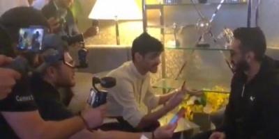 تامر حسني يوجه الشكر للجمهور السعودي (صور)