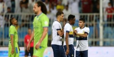 النصر يستعيد صدارة الدوري السعودي بالفوز على الفتح