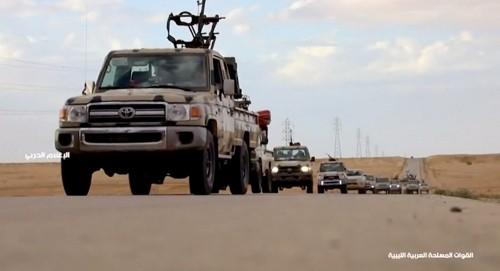 ليبيا.. الجيش يرسل تعزيزات عسكرية إلى جنوب طرابلس