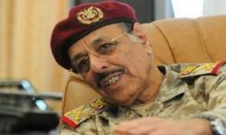 """""""الاسم والصورة والتفاصيل"""".. قائد عسكري إخواني ينشق عن الجيش وينضم للحوثيين"""