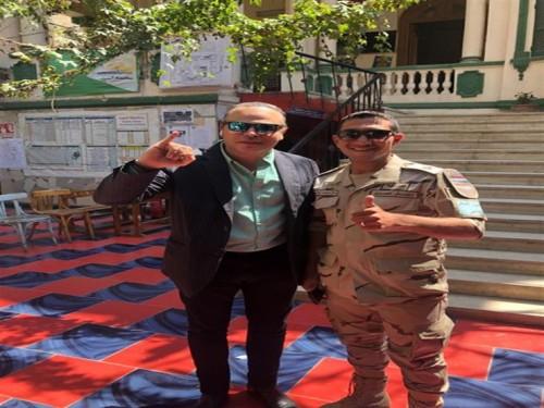 تامر عبد المنعم يشارك في الاستفتاء على التعديلات الدستورية
