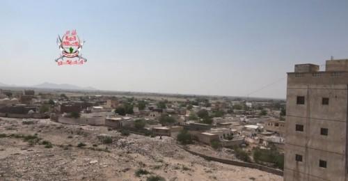إصابة أحد جنود العمالقة بقصف حوثي في حيس جنوب الحديدة