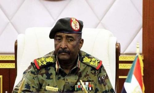 """المجلس الانتقالي السوداني يحيل جميع رتب """" فريق """" بالمخابرات للتقاعد"""