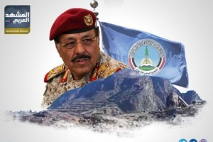 القوات في البيوت.. الأحمر يفرغ قوات الجيش لصالح الحوثيين