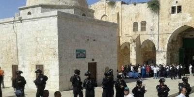 وزير إسرائيلي يقتحم المسجد الأقصى بصحبة عشرات المستوطنين