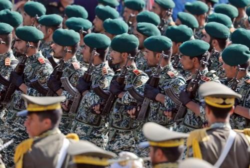 بعد تصنيفه إرهابيًا.. أمريكا تمنح بعض الاستثناءات للتعامل مع الحرس الثوري الإيراني