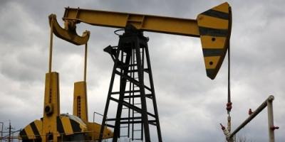 ارتفاع أسعار النفط وسط توقعات بإنهاء جميع الإعفاءات من شراء النفط الإيراني