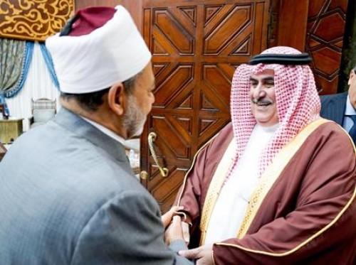 شيخ الأزهر يشيد بإسهامات البحرين في نشر التعايش والتسامح