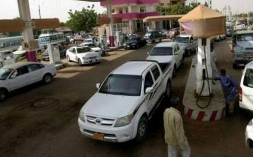 المجلس العسكري بالسودان يضع شرطًا للحصول على الوقود