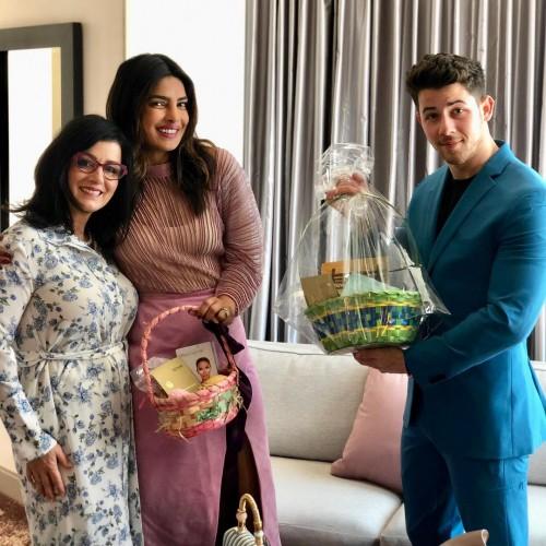النجمة بريانكا تشوبر تحتفل بعيد الفصح مع زوجها نيك جوناس