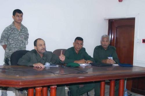 مدير أمن عدن يجتمع بمدراء مراكز الشرطة وقيادات المناطق والإدارات الأمنية