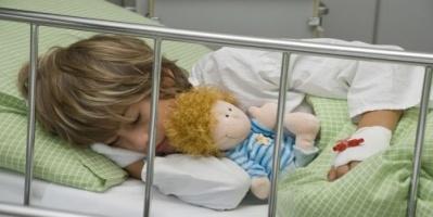 دراسة: اكتشاف فيروس يسبب شللًا للأطفال غير قابل للعلاج