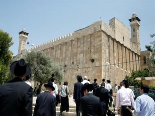 على مدار يومين.. 22 ألف مستوطن إسرائيلي يقتحمون الحرم الإبراهيمي