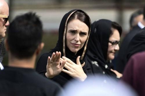 نيوزيلندا تمنح متضرري هجوم المسجدين وزويهم إقامة دائمة