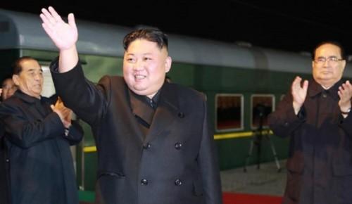 زعيم كوريا الشمالية يستقل قطاره الخاص إلى روسيا في زيارة رسمية